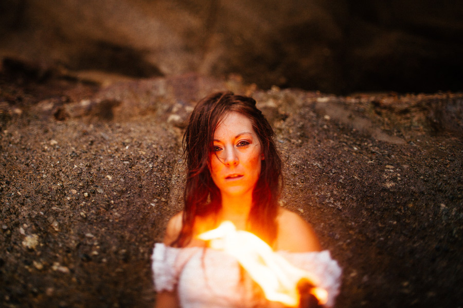 trash-the-dress-with-fire-07