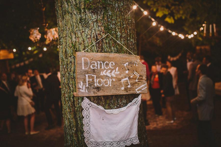 diy-wedding-woods-57