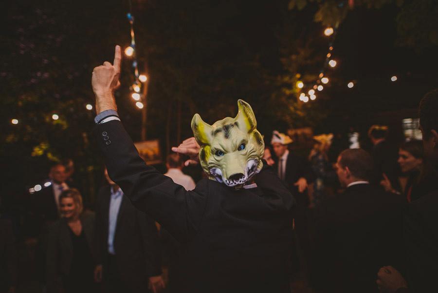 diy-wedding-woods-69
