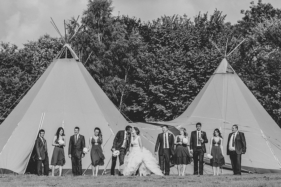 Pink-Teepee-Wedding-England-Steven-Rooney-10