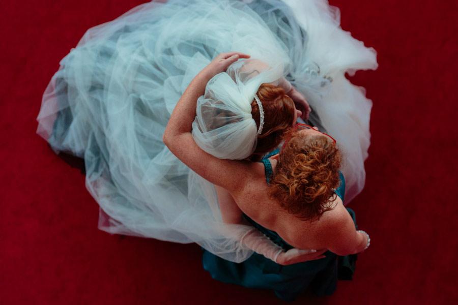 theater-circus-wedding-nicole-bosch-15