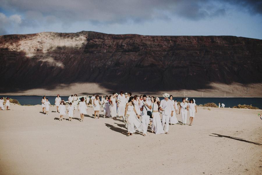 wedding-on-isolated-beach-pablo-beglez-22