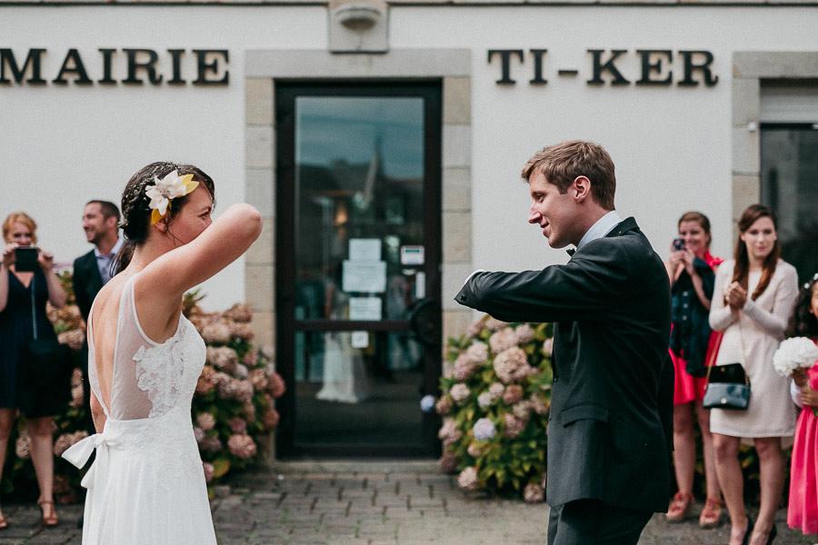 fun-french-wedding-benjamin-ledu-16