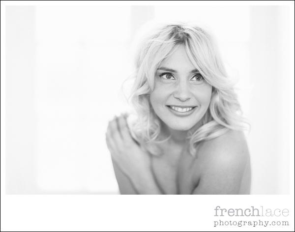 professional boudoir photographer Paris