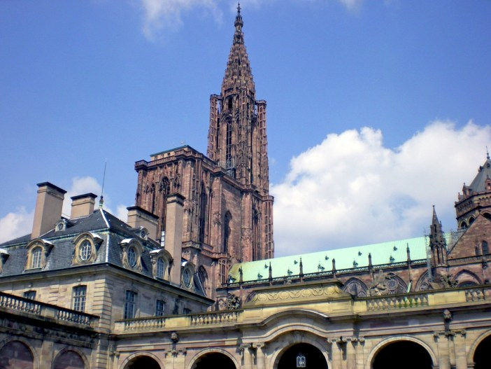Strasbourg cathedral seen from the Palais Rohan © French Moments