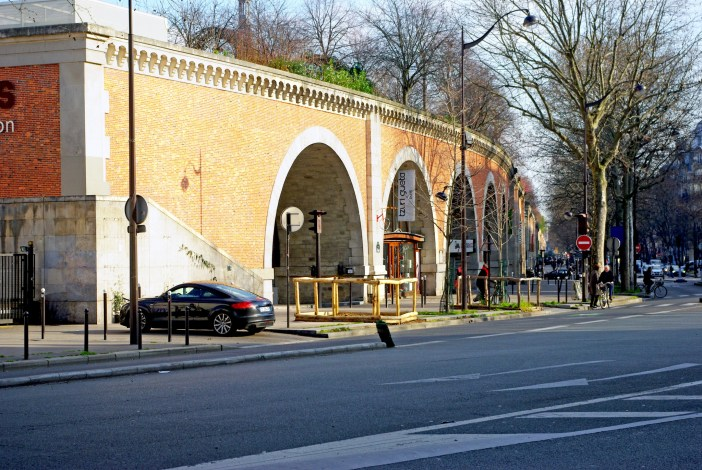 Viaduc des Arts seen from rue de Lyon © French Moments