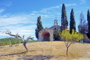 The St. Sixte chapel in Eygalières © French Moments