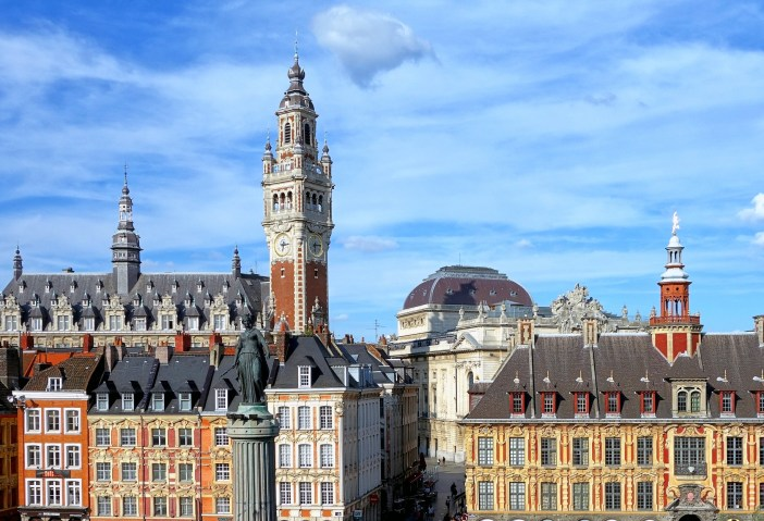 Grand Place of Lille and Belfry © Velvet - licence [CC BY-SA 3.0] from Wikimedia Commons