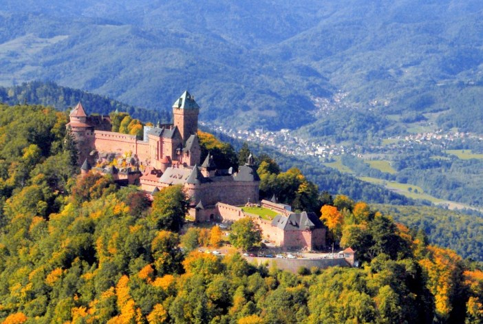 The Haut-Kœnigsbourg castle seen from above © French Moments