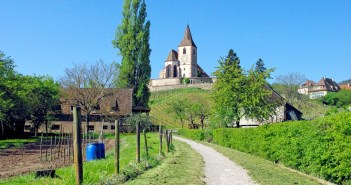 Photos of Spring in Alsace - Hunawihr © French Moments