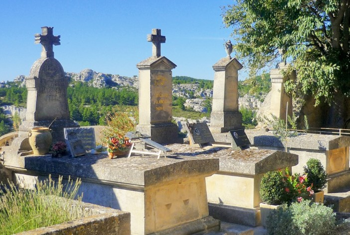 26982de47b3f Les Baux-de-Provence  a beautiful village! - French Moments