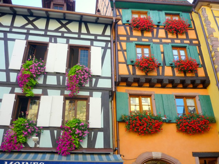 Half-timbered houses in Riquewihr © French Moments