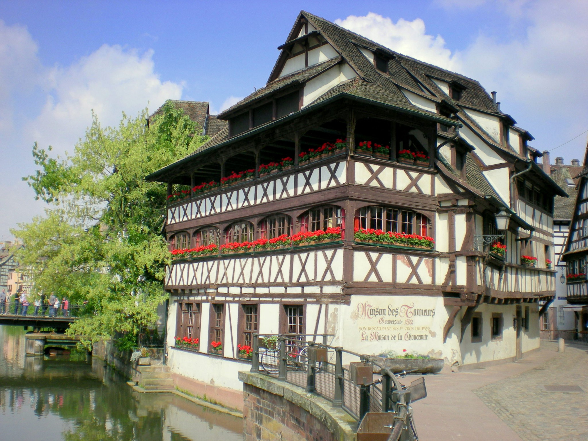 Riviera Maison Hal Bankje.Strasbourg Petite France District French Moments