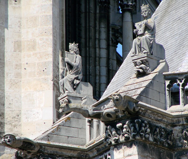 The Musician Kings, Amiens Cathedral © Vassil, wikipedia commons