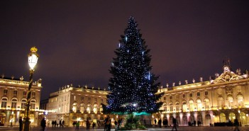 Christmas Tree on Place Stanislas Nancy © French Moments