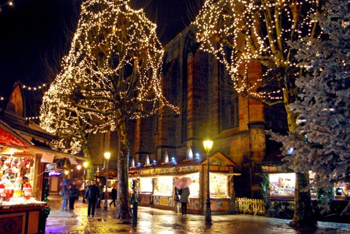 Christmas market of place des Dominicains © French Moments