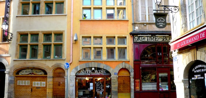 Lyon Old Town Vieux-Lyon © French Moments