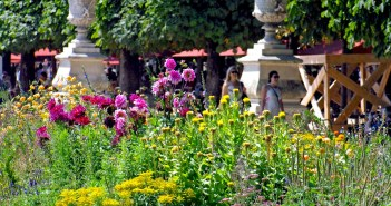 Tuileries Garden in Summer, Paris © French Moments