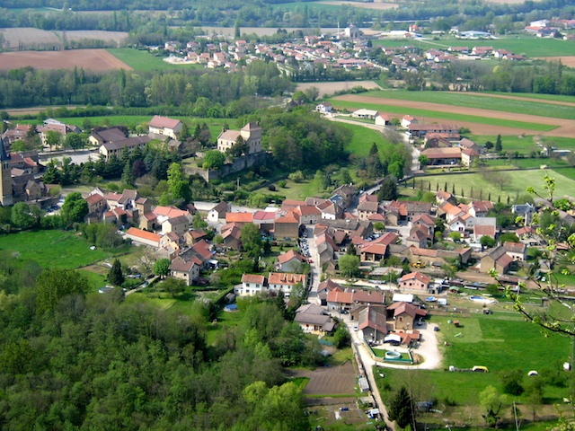 Hières-sur-Amby © luigifab, Creative Commons (CC-BY-SA-3.0)