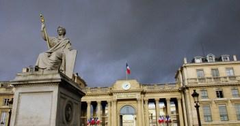 Palais Bourbon © French Moments