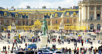 Versailles Palace © French Moments