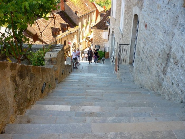 The steep staircase of Rocamadour © French Moments
