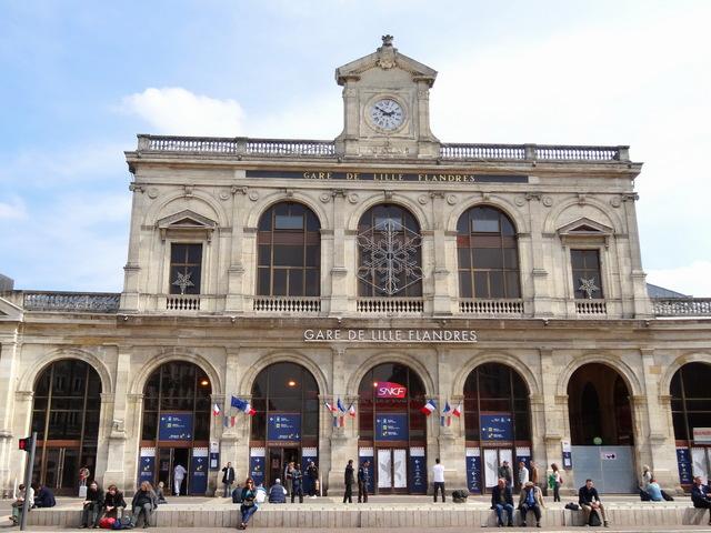 Gare de Lille-Flandres © Jérémy Jännick - licence [CC BY-SA 3.0] from Wikimedia Commons