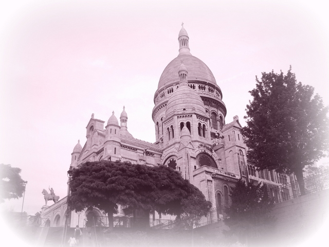 Montmartre Pink 01 © French Moments