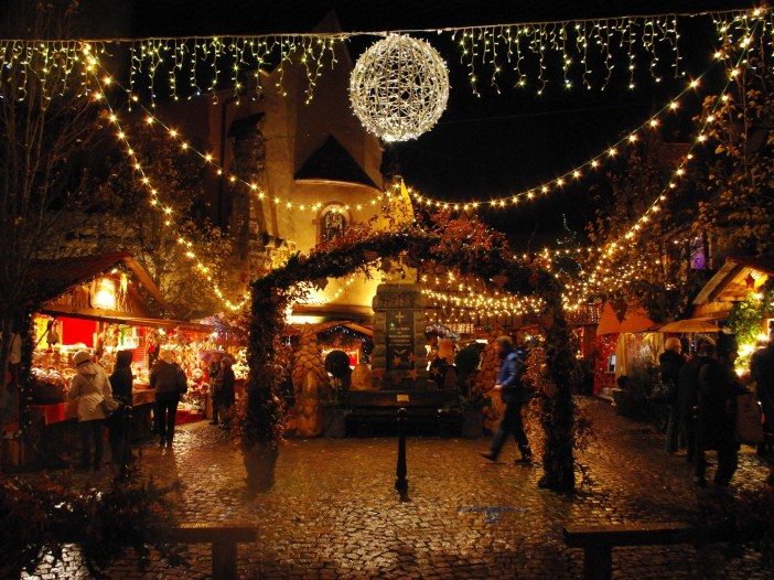 Photos of Christmas in France - Eguisheim © French Moments