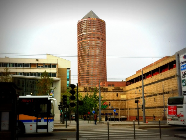 LCL Tower, Lyon Part Dieu © French Moments
