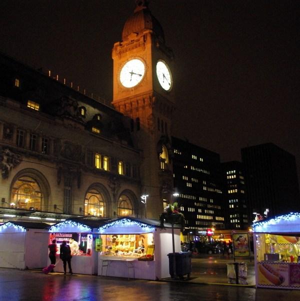 paris christmas markets at gare de lyon french moments - Paris Christmas Markets