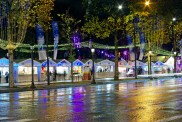 Christmas market in the Champs Elysées, Paris © French Moments