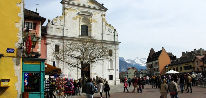 Francois Illas New Tradition: Annecy Churches