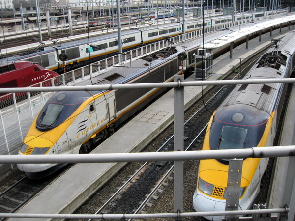 Eurostar Paris Gare du Nord © Daniel Sparing - licence [CC BY-SA 2.0] from Wikimedia Commons
