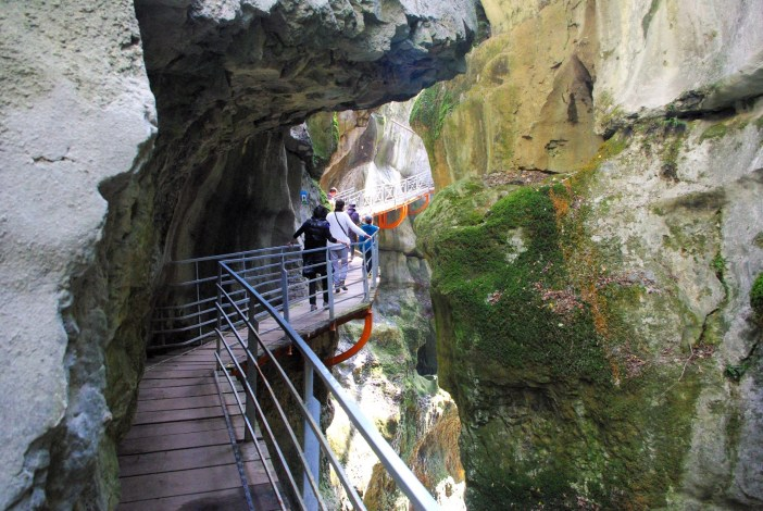 Gorges du Fier © French Moments