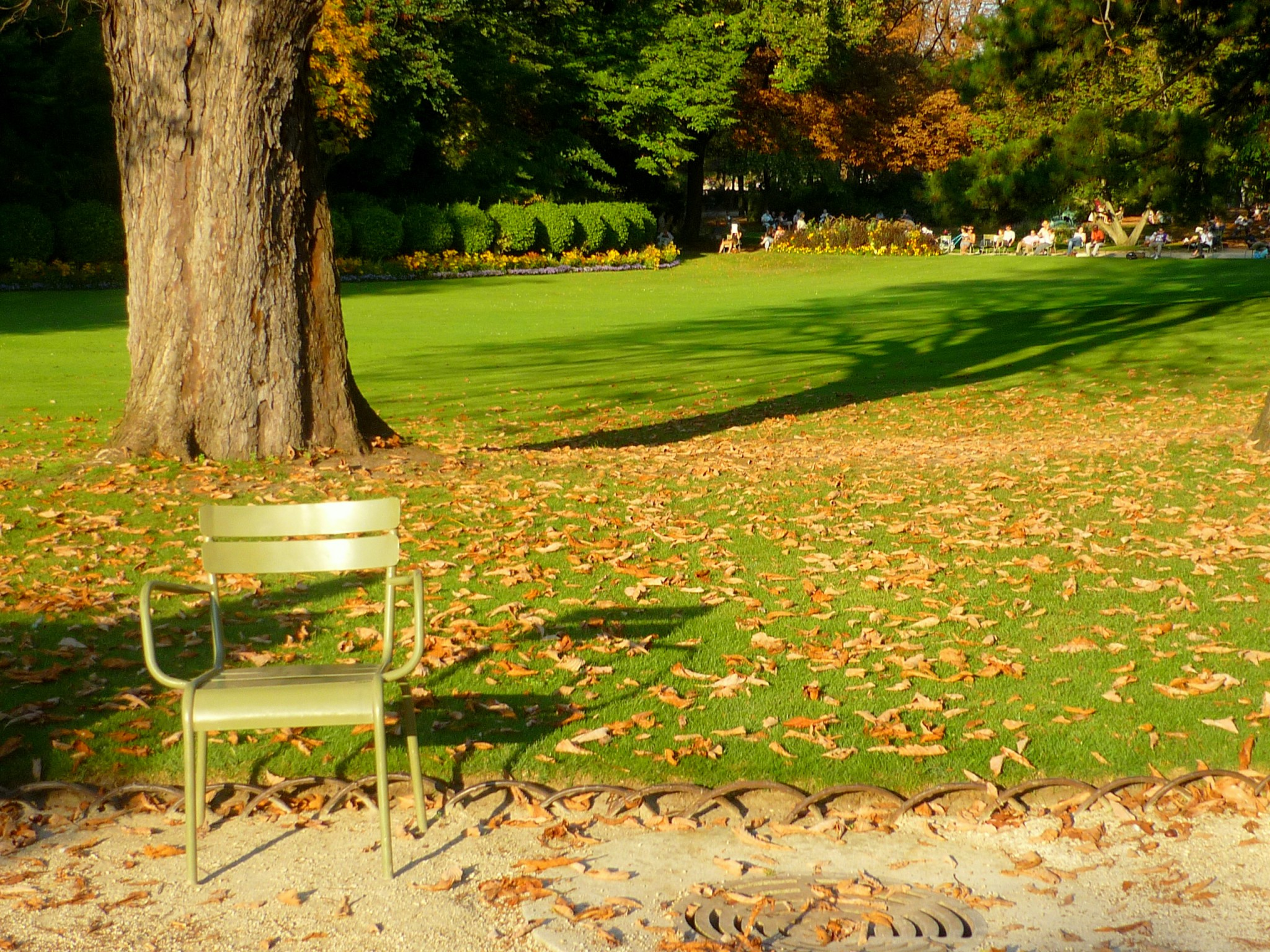top 10 most beautiful parks and gardens of paris french moments