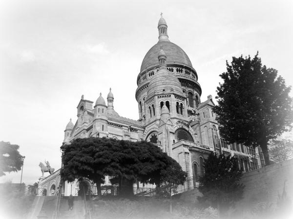 Sacré-Cœur Montmartre Paris Black and White Paris © French Moments