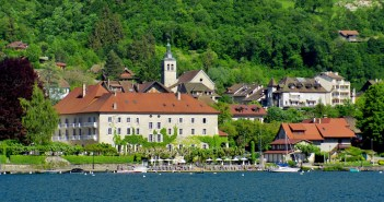 The village of Talloires © French Moments