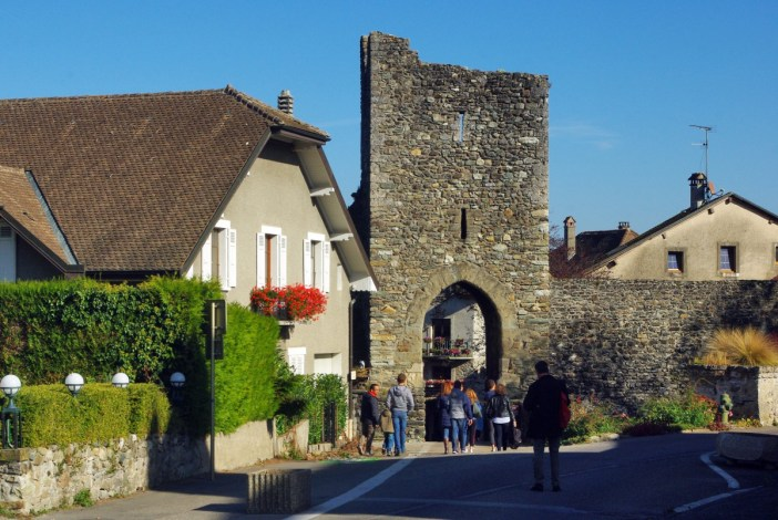 Nernier Gate, Yvoire © French Moments
