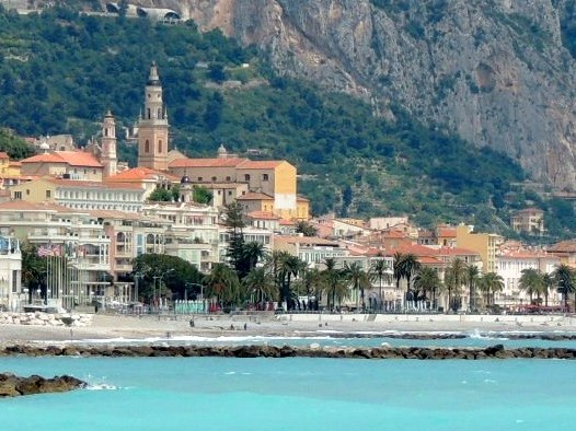 Menton © Abxbay - licence [CC BY-SA 3.0] from Wikimedia Commons