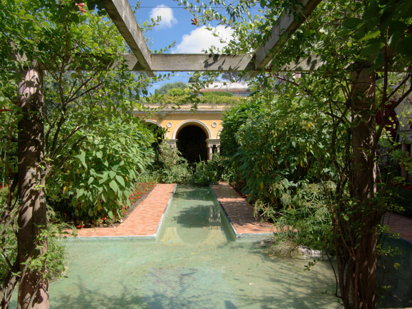 Spanish Garden at Villa Ephrussi de Rothschild © Berthold Werner - licence [CC BY-SA 3.0] from Wikimedia Commons