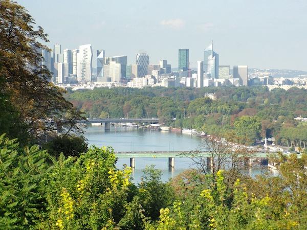 View of River Seine and La Défense from La Balustrade, Parc de Saint-Cloud © French Moments