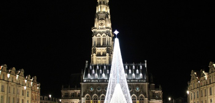 Square in Arras at Christmas © Edith DuBois