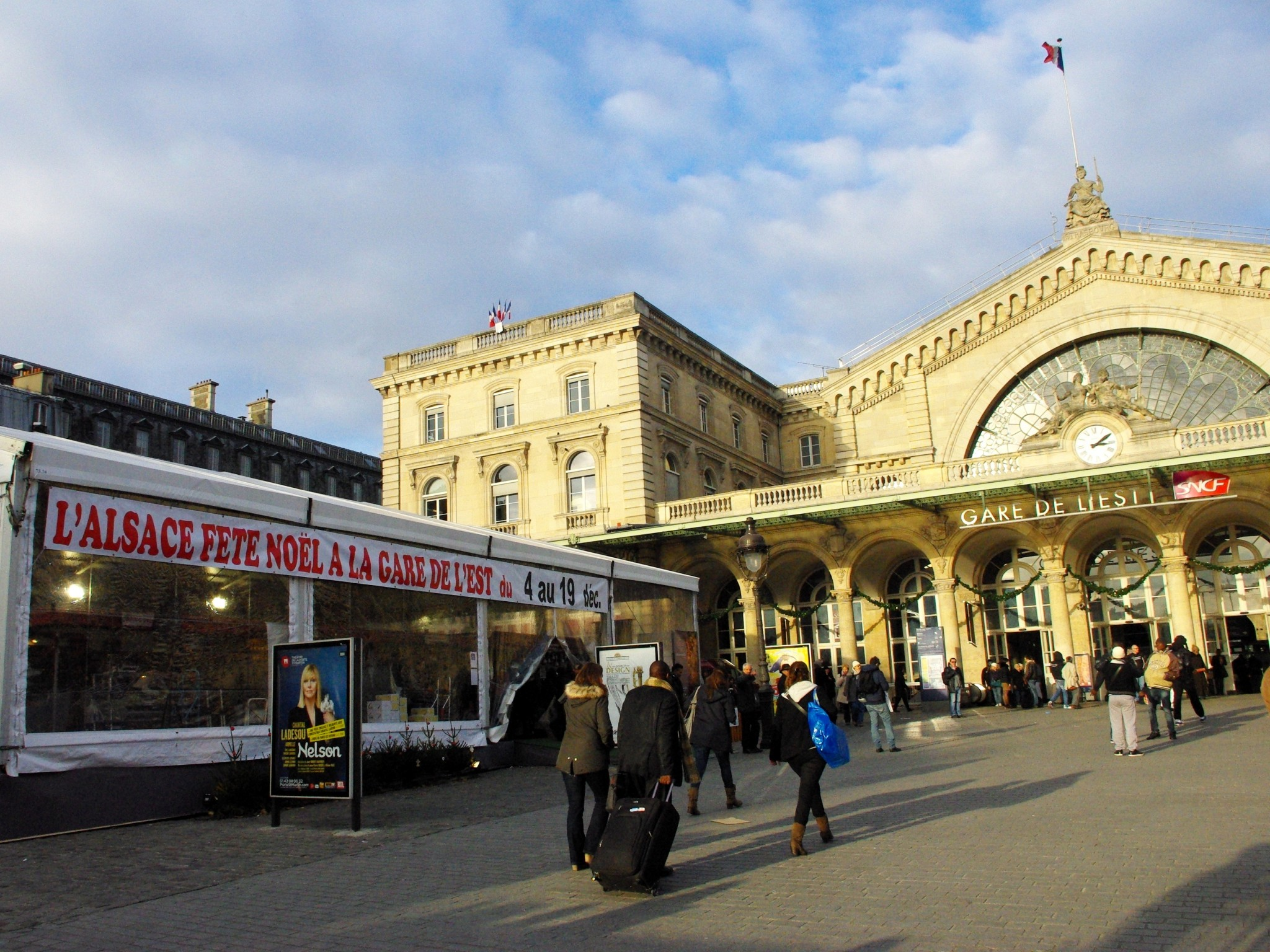 Discover The Alsatian Christmas Market In Gare De L Est