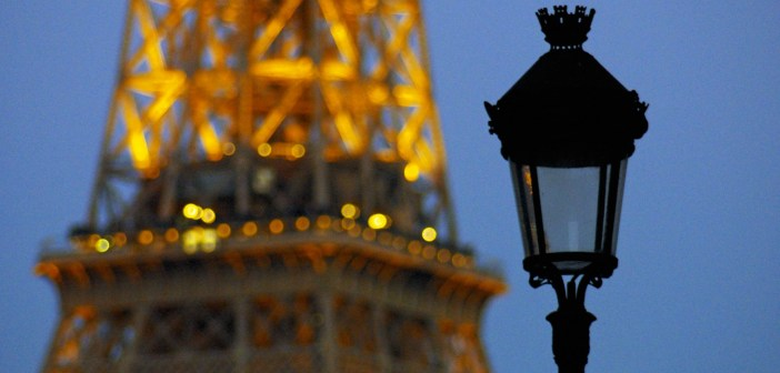 Eiffel Tower and Lamp post © French Moments