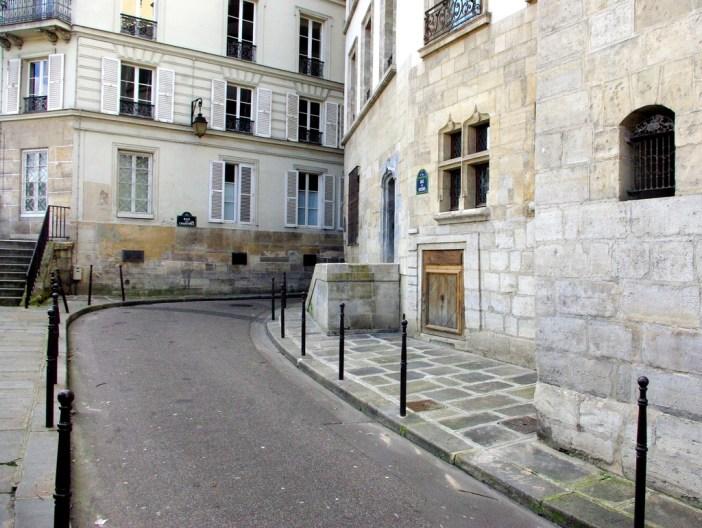 Ile de la Cite Walk 2015 11 copyright French Moments