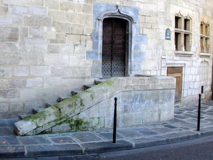 Ile de la Cite Walk 2015 17 copyright French Moments