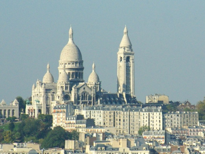 Sacré-Coeur from Rue G Lardennois © French Moments