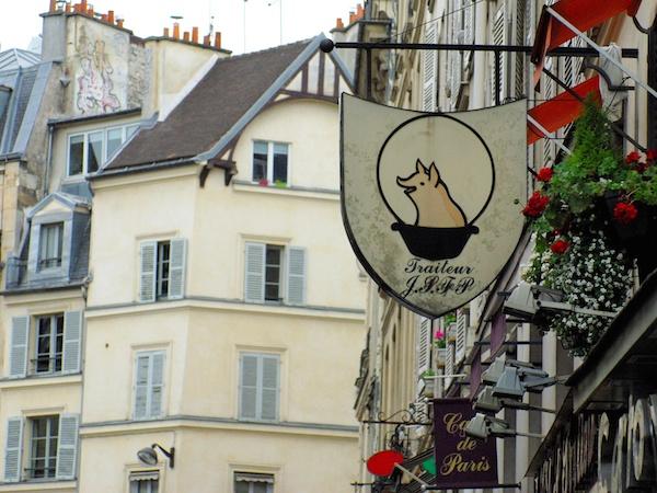 Rue de Buci © French Moments