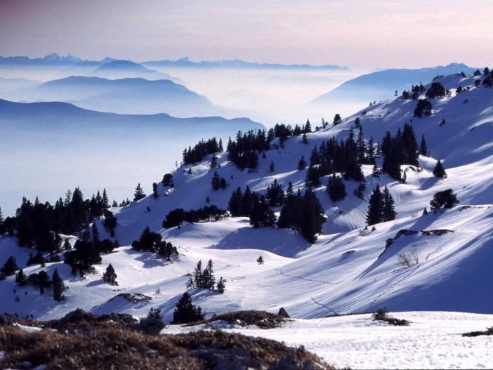 Crêt de la Neige in Winter © Pmau - licence [CC BY-SA 3.0] from Wikimedia Commons